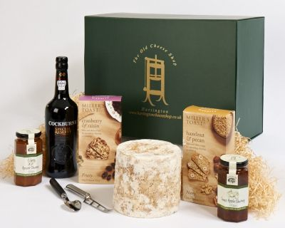 <p>whole mini stilton&#8218; 75cl bottle of Cockburn&#8218; a cheese knife and two chutneys - Sweet Apple and Apricot&#8218; Millers Toasts (Cranberry &amp; Raisin and Pecan &amp; Hazelnut).</p>